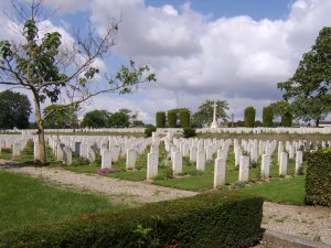 The cemetery contains around 3,000 graves